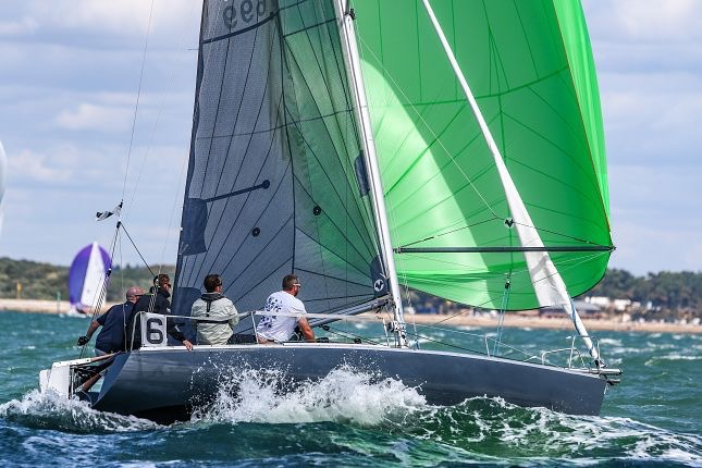 FIRST CLASS 8 - COWES WEEK